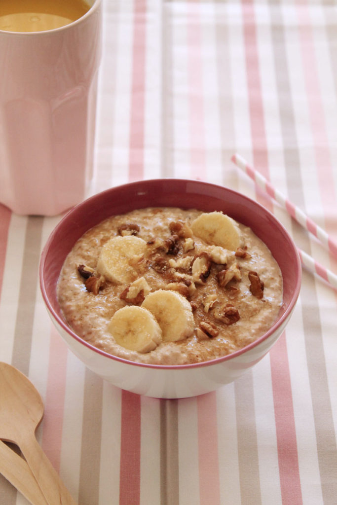 easy-oatmeal-banana-breakfast-3