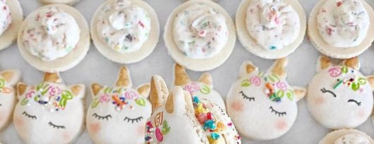 cute-unicorn-macarons-2-586e472868b78__700