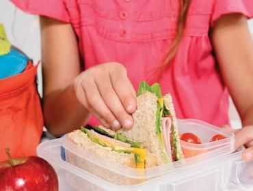 Kids-Lunch_900_600_s_c1