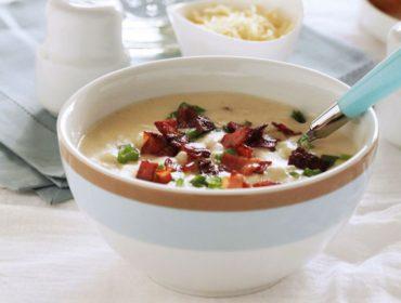 easy-creamy-potato-soup-4