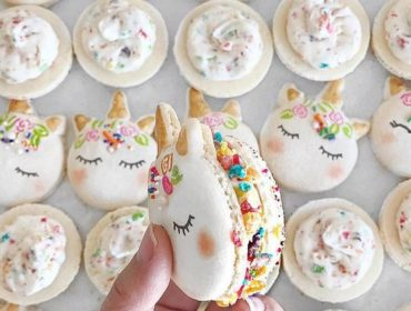 cute-unicorn-macarons-2-586e472868b78__700