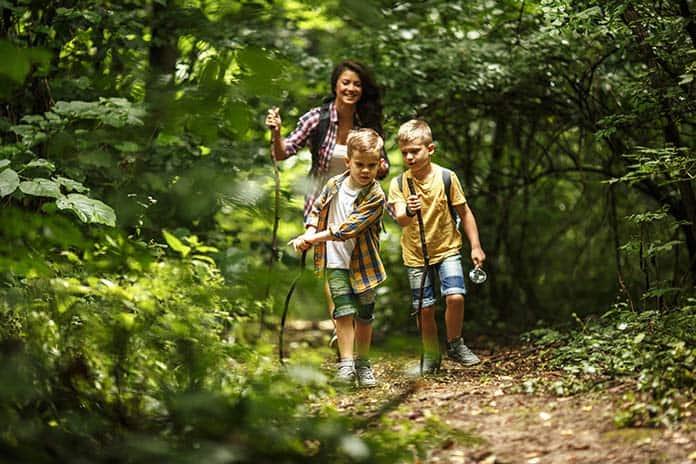 Hiking-with-Kids